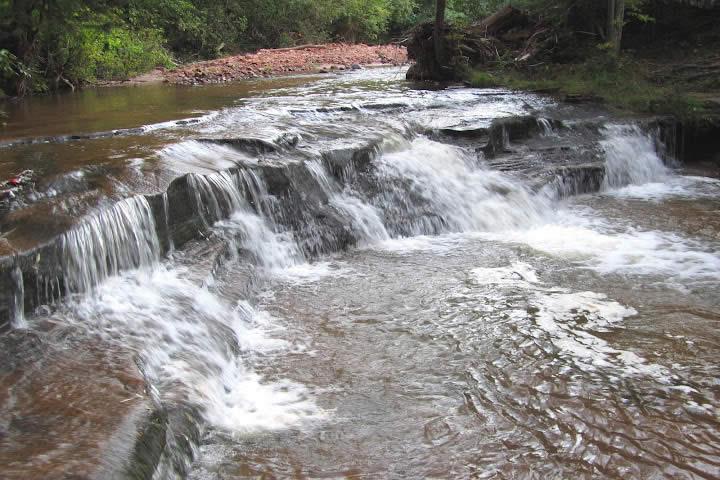 Siskiwit Falls - Photo: Lost Creek Adventures