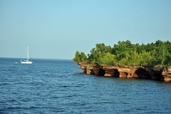 apostle_island_sea_caves_580