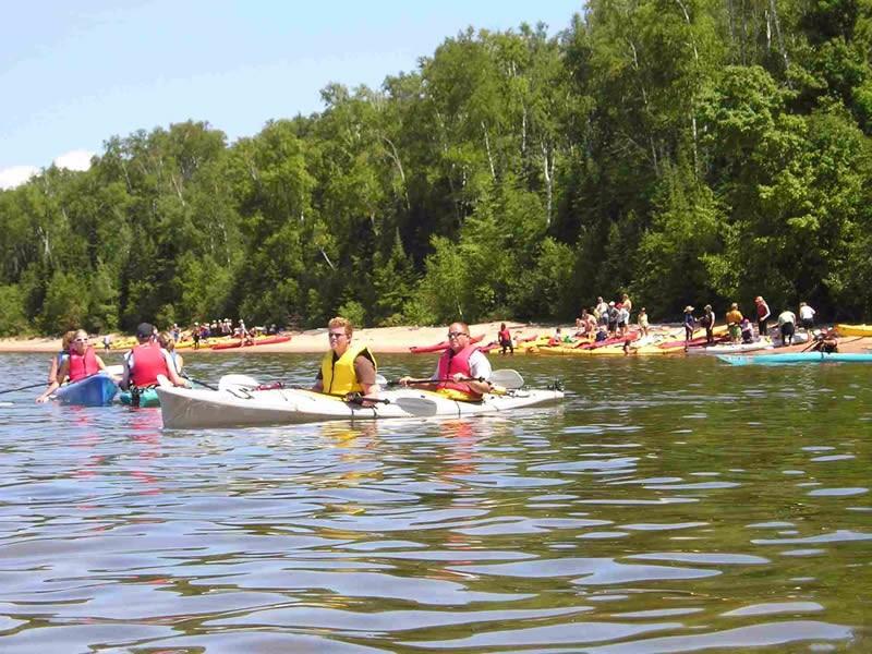 Meyers-Beach-kayakers-in-water