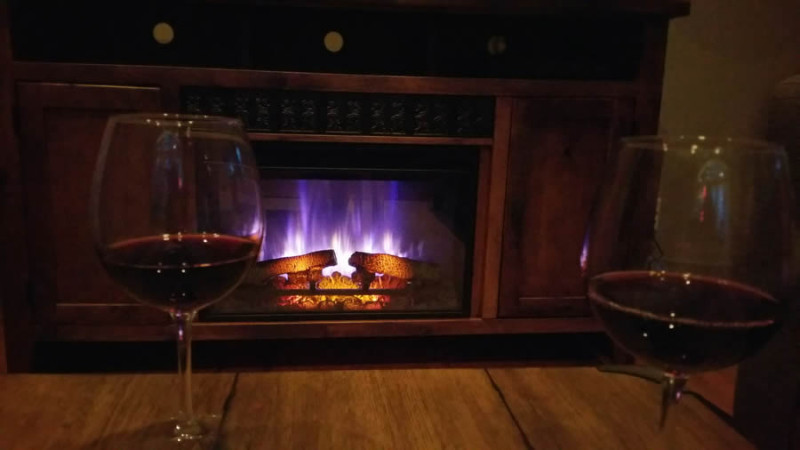 herbster-cottage-wine-by-the-fire