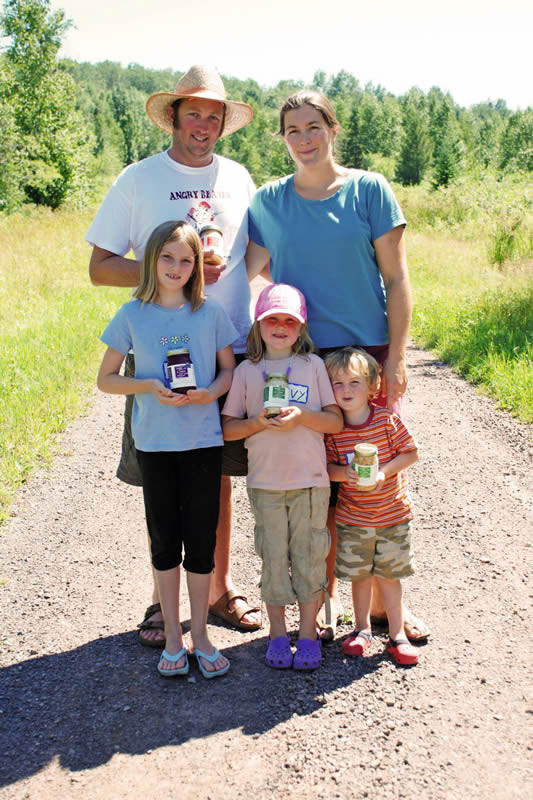 Spirit-Creek-Farm-family
